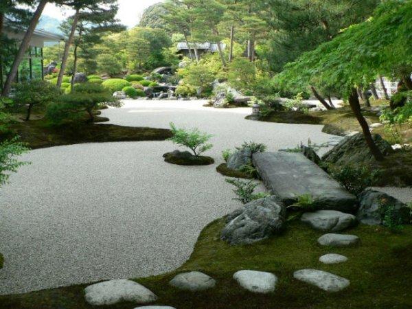 Как обустроить японский сад